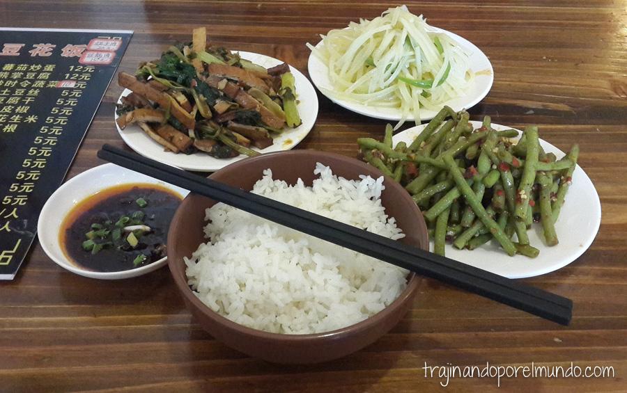Comida china vegetariana: tofu ahumado