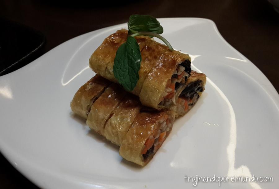 Comida china vegetariana: rollitos de verduras