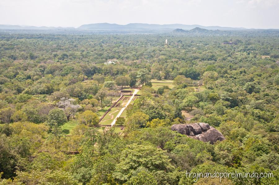 Vistas desde la Roca del León en Sigiriya, Sri Lanka