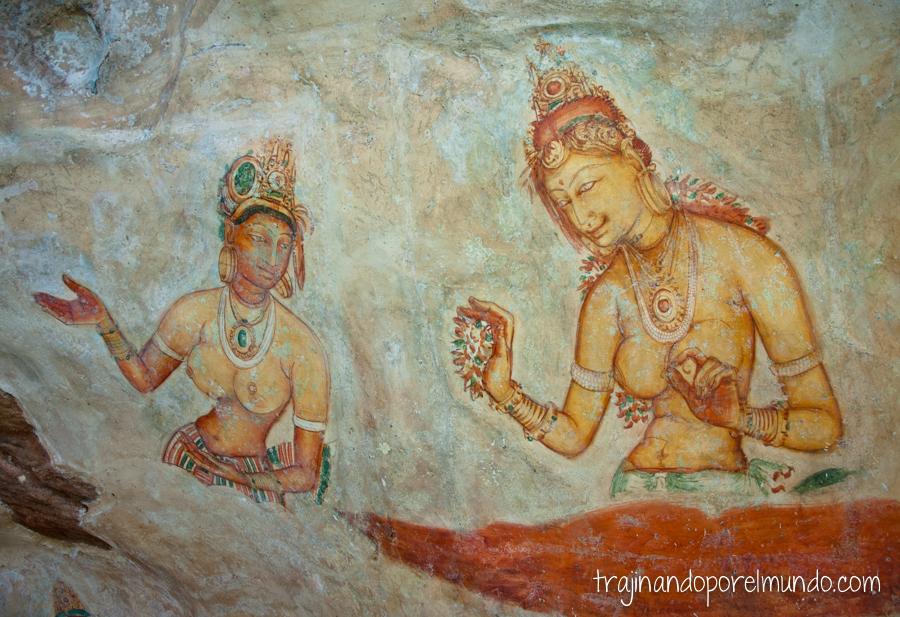 Frescos de las Doncellas de Sigiriya, en Sri Lanka