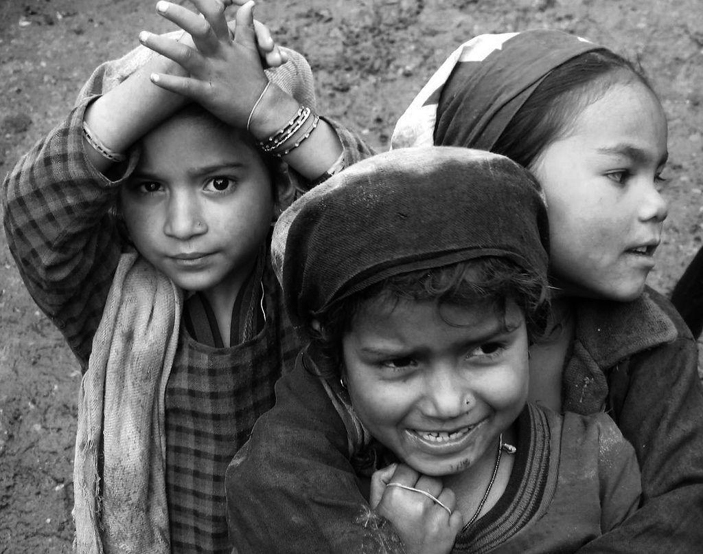 Niños, Hemkund Sahib
