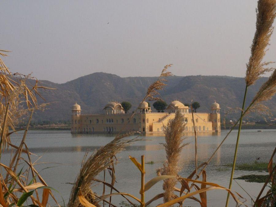 Jal Mahal, Palacio sobre el agua cerca de Jaipur