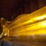 Vídeo: Limosnas en el Wat Pho de Bangkok